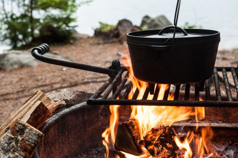 Campfire-recipes-dutch-oven
