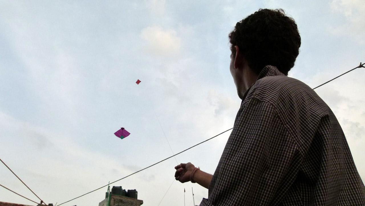Cometas en el cielo para Bolis y Balones
