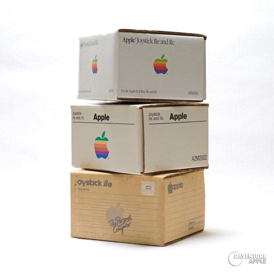 Apple A2M2002 et A2M2012 joystick for Apple IIc IIe