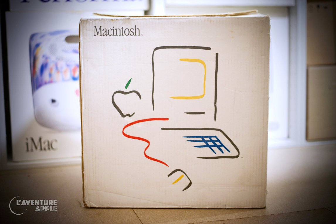 Apple Picasso Logo Macintosh 1984 Box Carton
