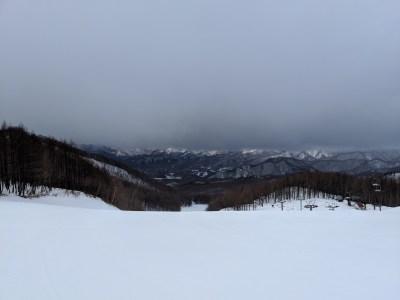 会津高原たかつえスキー場の旅。春の福島ツアー。シャバシャバの春スキーから冬の寒さまで。