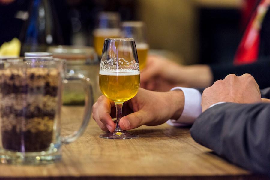 top-10-activites-a-faire-pluie-paris-ile-de-france-degustation-biere-artisanale