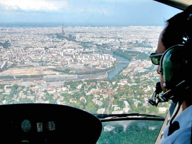 activites-aeriennes-helicoptere-paris-idf