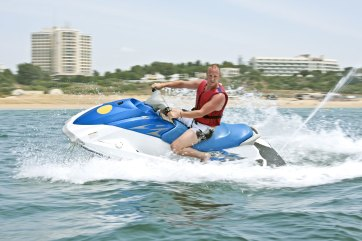que faire à Montpellier jet ski palavas les flots