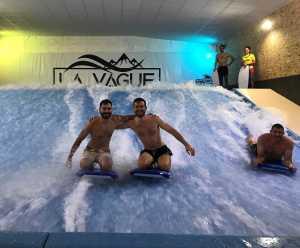 surf artificiel - activité insolite à Grenoble