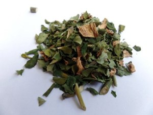 Dried-Organic-Moringa-Ginger-Leaves
