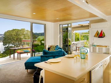 Tairua Tree Tops - Tairua Holiday Home