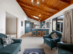 Marinaview - Kinloch Holiday Home