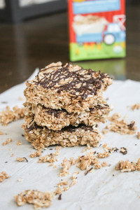 cereal Almond chocolate nutbutter bars treats snack dessert healthy easy lunchbox recipe