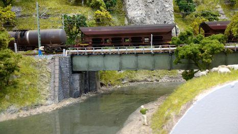 Vorbildlich ist die Brücke bei Dollnstein