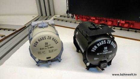 Zum Beispiel mit Behältern für den Behältertragwagen Btms33.