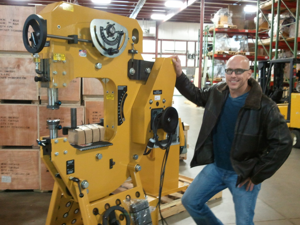 Ken Crain uses Baileigh Industrial Power Hammer