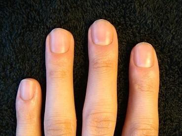 清潔感ある綺麗な爪に男だってなりたい