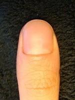 男性も清潔感ある綺麗な爪に!