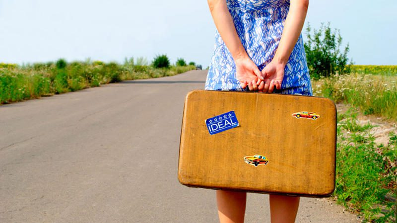 woman solo travel