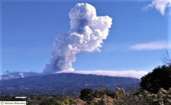 La Poás Eruption in April 13 2017