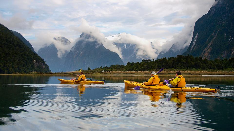 Sea kayak in Milford Sound