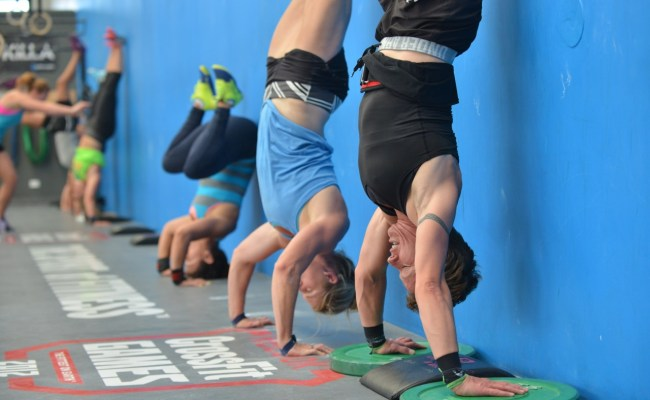 18 4 And The New Handstand Pushup Standard Barbell