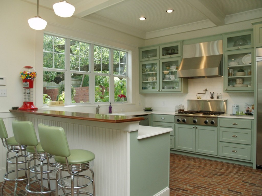Schoolhouse Shades Lend TexasSized Style to Austin Kitchen  Blog  BarnLightElectriccom