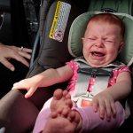 Mi bebé llora siempre en el coche: 5 tips para viajar con el bebé cómodamente