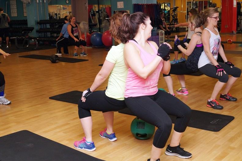 partner-squats