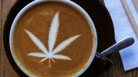 Marijuana Leaf Latte Art –CBD Coffee