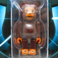 WORLD WIDE TOUR 2 BABY MILO 100% ベアブリック(BE@RBRICK)