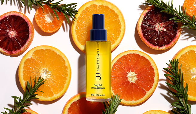 5 BRILLIANT TIPS FOR USING FACE AND BODY OILS IN SUMMER