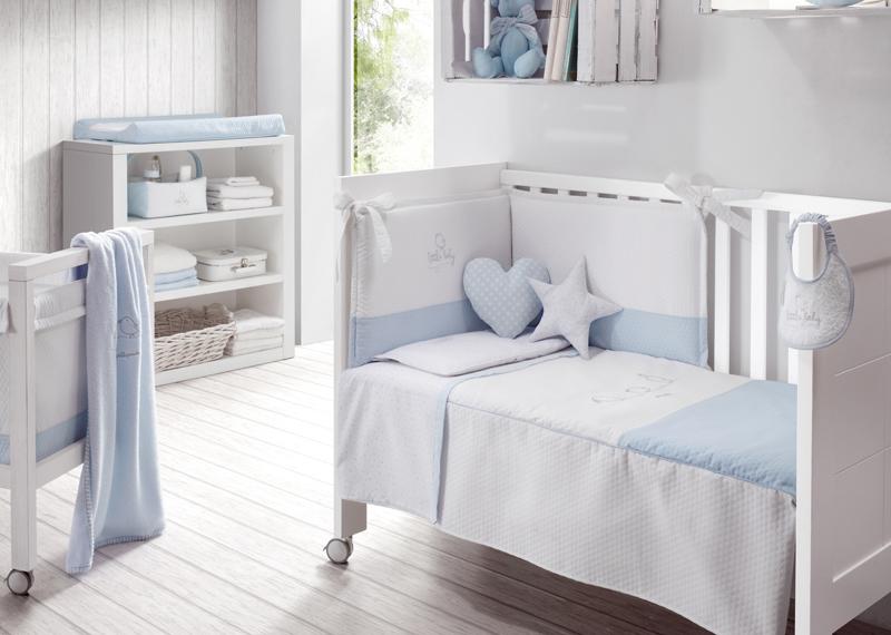 Detalles en azul en dormitorios infantiles