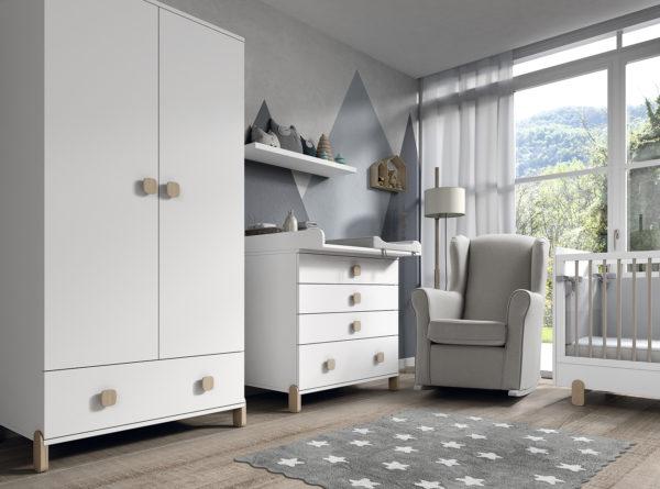 Distribuir el mobiliario en la habitacion del bebe
