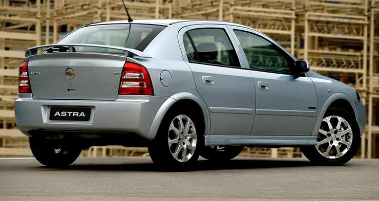 Chevrolet Astra: veja a lista com 5 opções de usados muito ágeis que a Bem Auto preparou para você. Oficina mecânica especializada no Kobrasol, São José, Florianópolis, Biguaçu, Palhoça.
