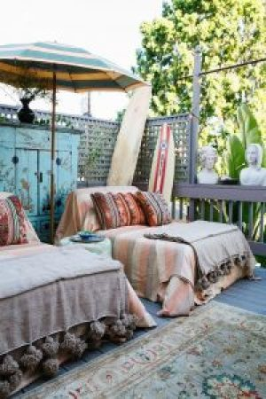 Summer decorating ideas - bedroom - benchbags