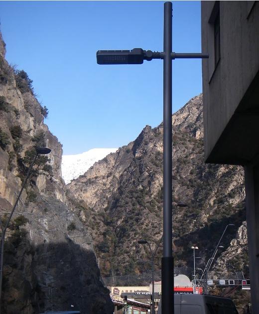 luminarias LED en el comú de Sant Julia de Loira, Andorra