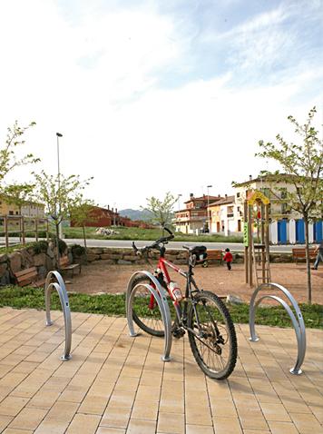 aparcabicicletas OMEGA - Mobiliario Urbano BENITO URBAN