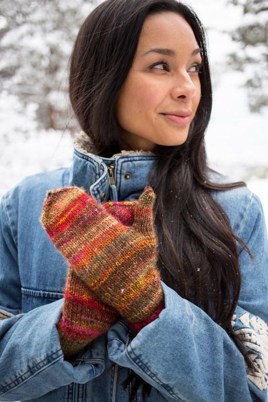 Ruza knitted mittens pattern in Berroco Millefiori