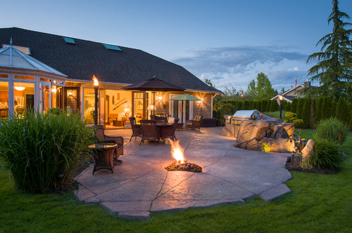 Landscape lighting ideas for the BBQ area