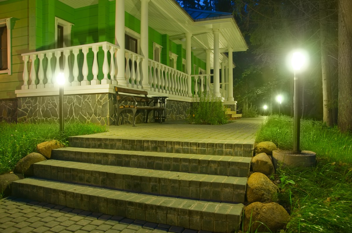 4 ideas for DIY Outdoor Lighting (Updated 2018)