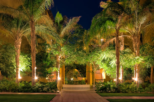 5 Landscape Lighting Techniques