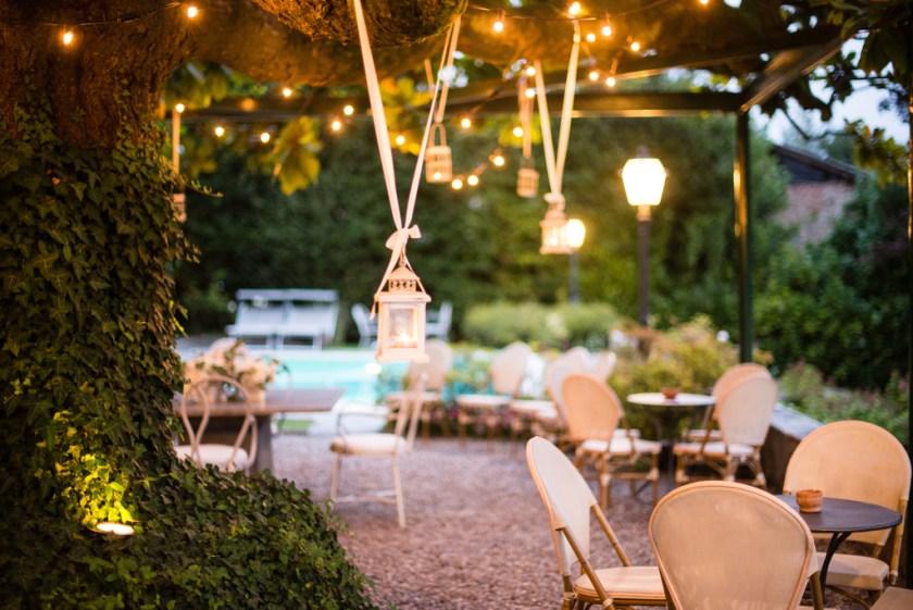 Hanging lantern garden ideas
