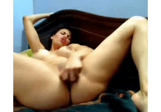 Editor's Pick: Kelly King Bounces Ass on Pink Dildo