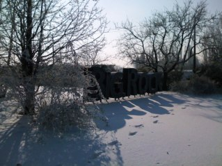 Snow_Rock_01