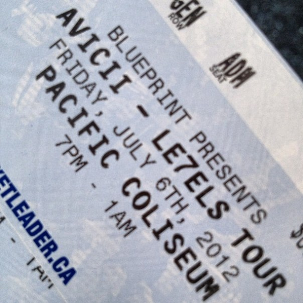 Oh yeah @Avicii time! #AviciiPNE #Le7elsTour - from Instagram