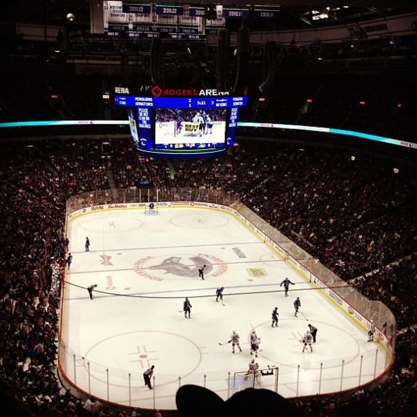 #Canucks vs. #Blackhawks! Muchas gracias @MaryinVancity - from Instagram
