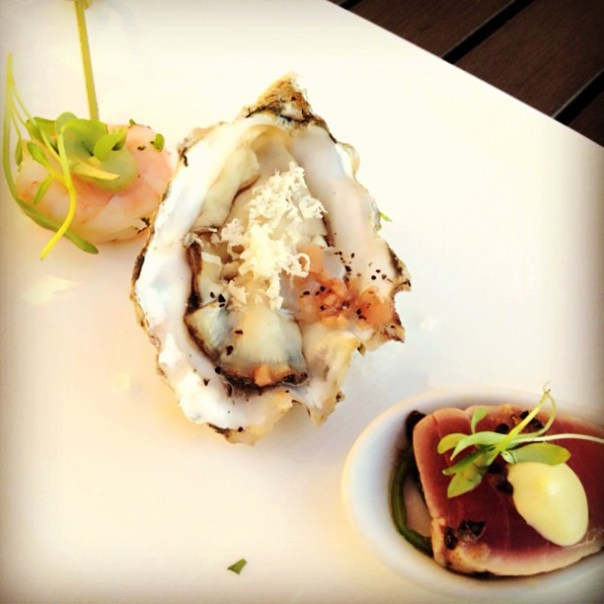Round 7! Finale of the night @Pier7Restaurant #Prawn, #Tuna and delicious #oyster! #tastingplatesyvr - from Instagram