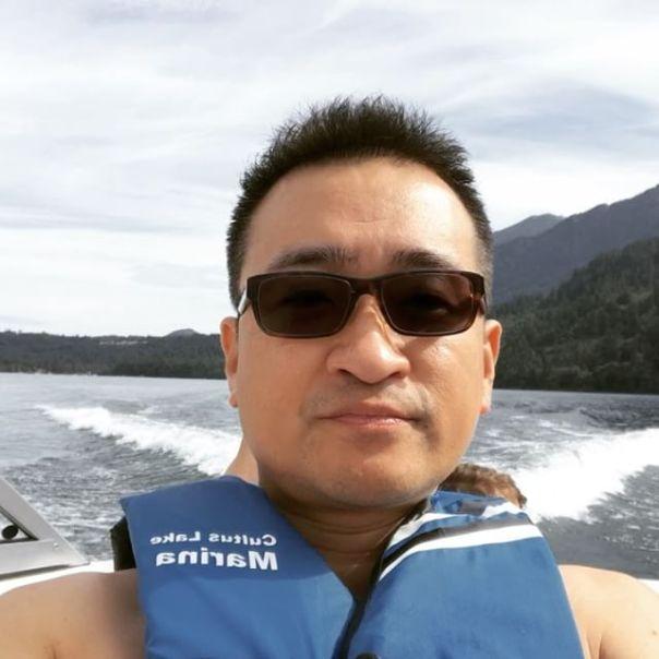 Enjoying the last bit of #summer2017 @cultuslakemarina #cultuslakelife #cultuslakemarina --#lake#boat#jetski#cultuslake#cultuslakebc #water#sky#summer#waves - from Instagram