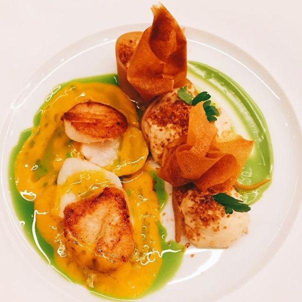#scallops with #sunchoke #carrot & #parsley @bauhausrestaurant ..#gastown #vancouver #dinner #appitizers #germanrestaurant - from Instagram