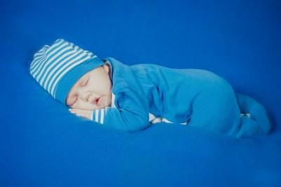 bambino dorme nanna