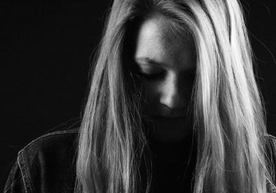 ragazza depressione tristezza anoressia dca