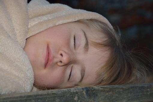 sonno bambino dorme