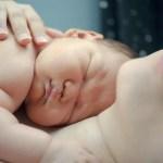 Un neonato non andrebbe mai separato dalla madre